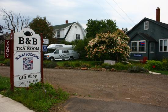 Beside The Trail Bed and Breakfast : BnB