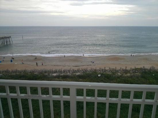 Hilton Garden Inn Outer Banks/Kitty Hawk: another view from oceanfront 5th floor room