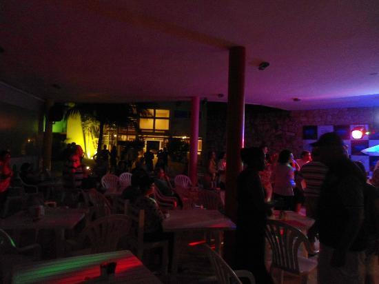 Prodigy Beach Resort Marupiara: Dia de festa...