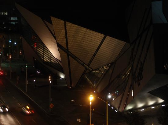 InterContinental Toronto Yorkville: The Royal Ontario Museum as seen from the room at night.