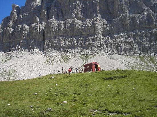 Parco Regionale delle Dolomiti Friulane : Bivacco Perugini