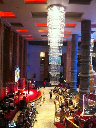 NagaWorld Hotel & Entertainment Complex: foyer