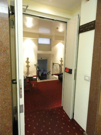 Hotel Centro Roma : entrée salle à manger