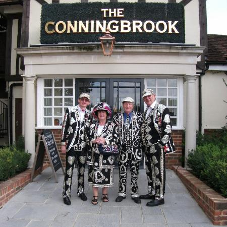 The Conningbrook Hotel: Members of the London pearly kings & queens society outside the hotel