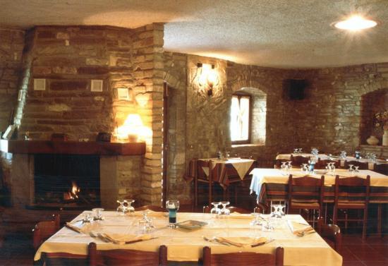 Agriturismo Pian d'Isola: sala ristorante