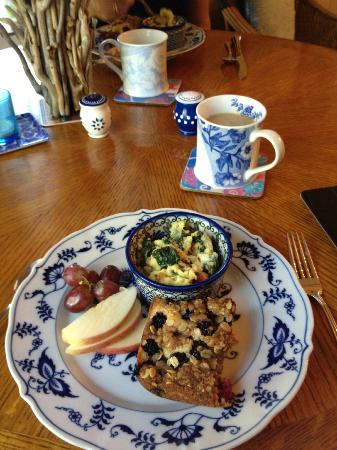 Lovejoy Inn on Whidbey Island: Wonderful Freshly-made Breakfast