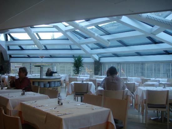 Hotel Piolets Park & Spa: Bonito y luminoso comedor