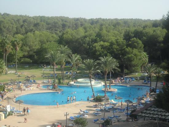 Exagon Park: vu sur la piscine du 2eme étage