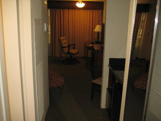 DoubleTree Suites by Hilton Hotel Philadelphia West: View looking toward bedroom