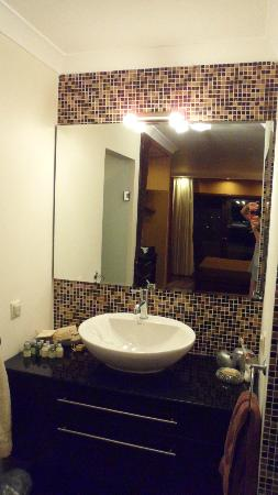 Sandima 37 Hotel Bodrum: Vanity area in executive suite