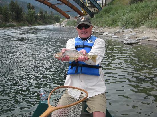 Jackson Hole Anglers : Joe with a cut throat trout