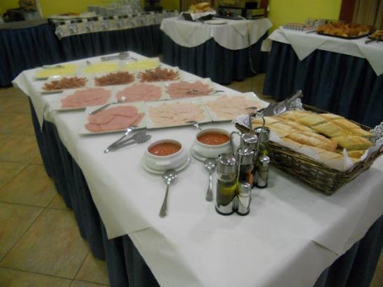Isabel de Segura : Desayuno buffet