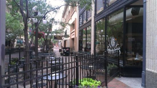 Great Waters Brewing Company: Patio
