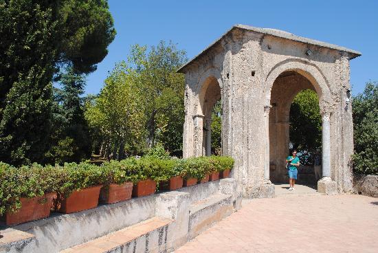 Villa cimbrone gardens foto di giardini di villa cimbrone ravello tripadvisor - Giardini di villa cimbrone ...
