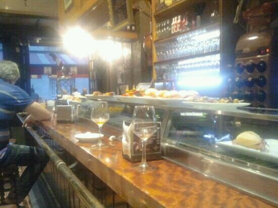La olla: El bar!