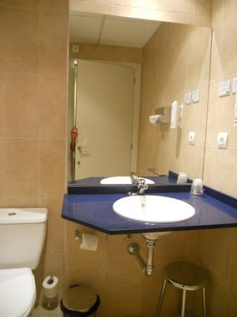 Hotel Onda Castellón: Baño