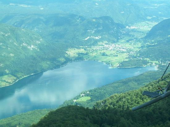 Vogel Ski Center: Lake Bohinj from the top