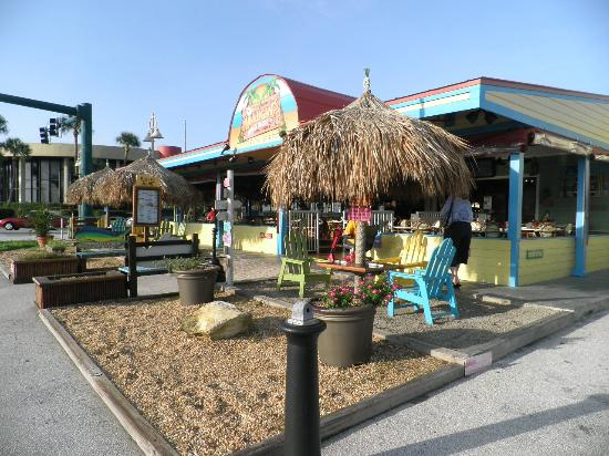 Mulligan's Beach House Bar & Grill: Good Place for breakfast