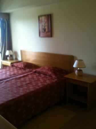 Hotel Alba: habitación