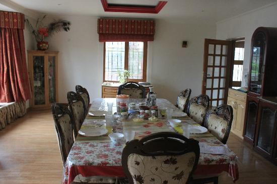 Aapo Aap Home Stay: Aapo Aaap Dining Room