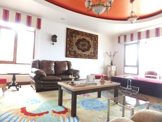Aapo Aap Home Stay: Aapo Aaap Sitting Room