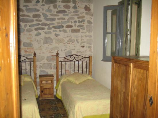Casa Cundaro: Bedroom with 4 twin beds