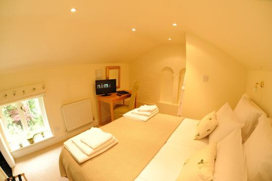 Evesham Lodge Bed & Breakfast: Garden Room