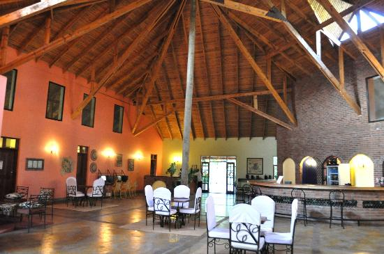 Olasiti Lodge, Tanganyika Wilderness Camps: Lobby
