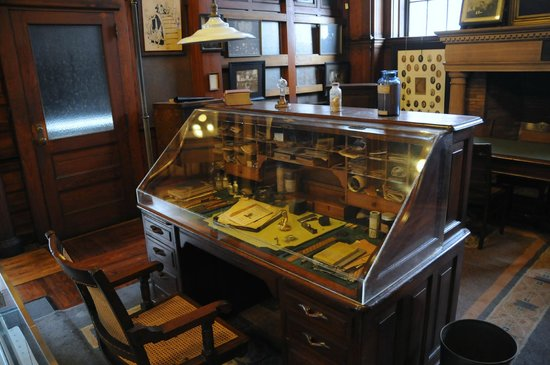 Thomas Edison National Historical Park: His desk