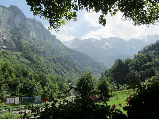 Hotel-Restaurant Stechelberg: View