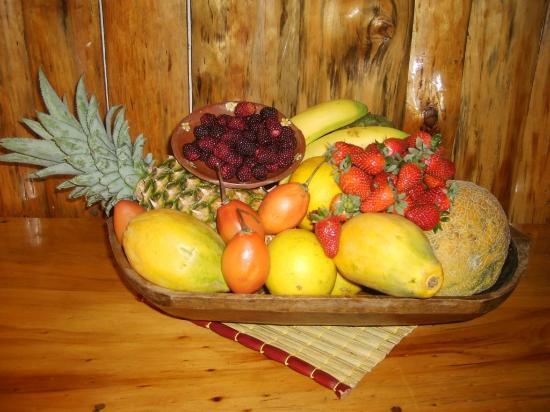 Deli Cafe Restaurant: Frutas ecuatorianas propias de nuestro país