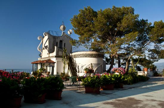 Vello D'Oro Hotel: The roof terrace is gigantic! 360° view