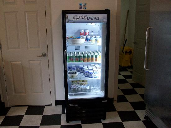 The Grove West Seattle Inn: breakfast room refrigerator