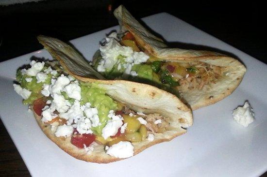 JoJo's Restaurant & Tap House : Pork belly tacos