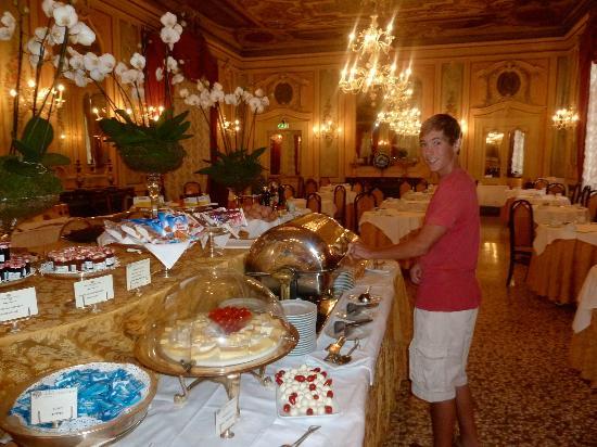 Baglioni Hotel Luna : Breakfast Buffet