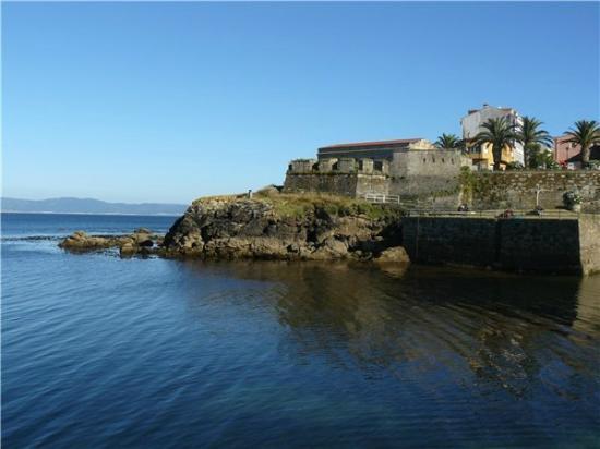 Hotel Rústico Spa Finisterrrae: Castillo