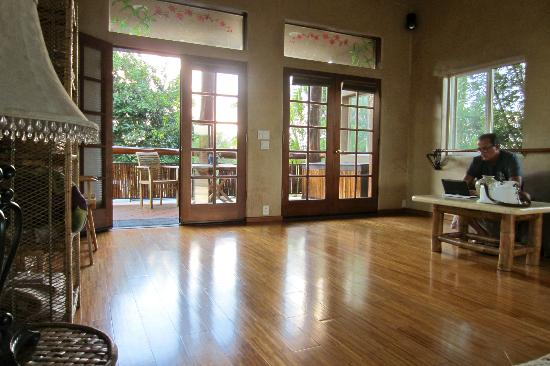 Spyglass Maui Rentals: View inside Yoga Studio Room