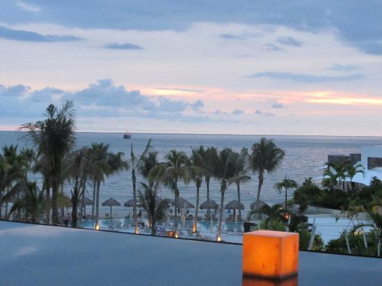 Secrets Vallarta Bay Resort & Spa: Terrific evening