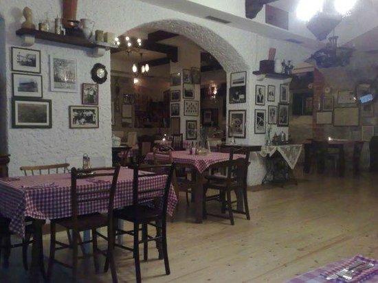 Ostarija u Vidjakovi: Restaurant (interior)