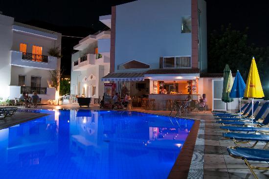 Athena Apartments : Athena apts