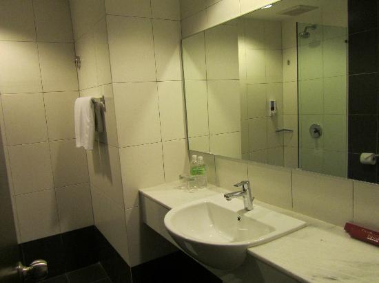 Favehotel Cenang Beach : Baño