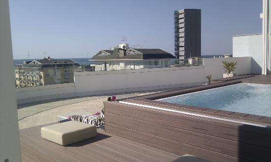 Hotel & Residence Il Teatro: Rooftop pool.