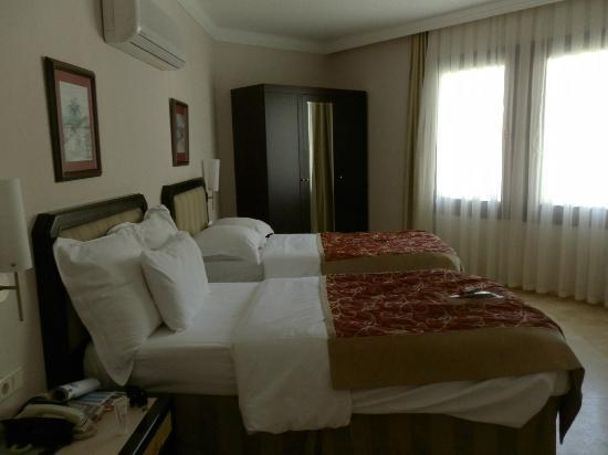 Renaissance Antalya Beach Resort & Spa: chambre