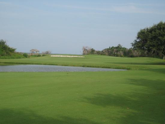 Nags Head Golf Links: View from 3rd shot on 4th hole, par 5