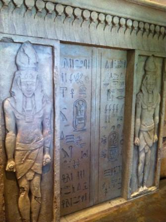 Tomb Egyptian Adventure : Great detail.