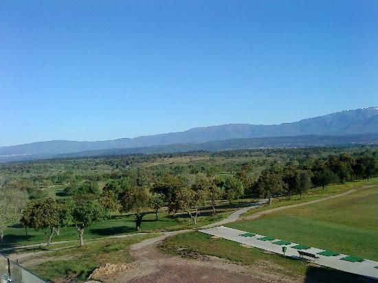 Hotel Valles de Gredos: Vistas de la Sierra de Gredos desde la habitación