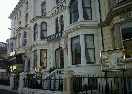 White Court Hotel 사진