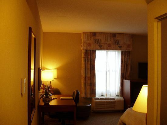 Hampton Inn Lewisburg: Bedroom