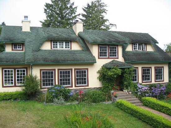 Ye Olde Danish Inn: Danish style