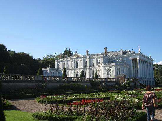 Trentham Guest House: Oldway Mansion